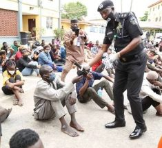 Police Arrests 229 Arsonists, Hoodlums In Lagos .